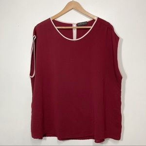 Forever 21 Cranberry Scoop Neck Sleeveless Blouse With White Piping Size 3X